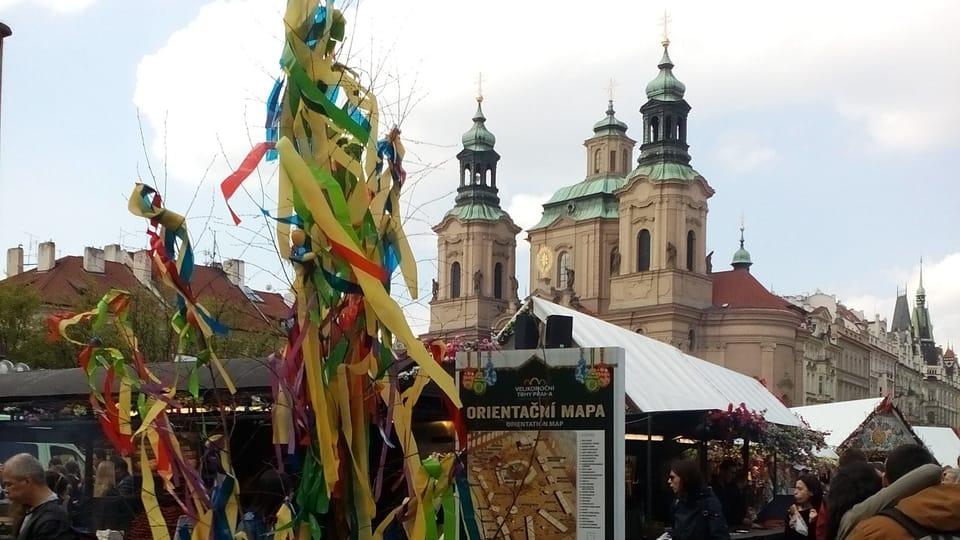 Пасхальная ярмарка на Староместкой площади,  Фото: Екатерина Сташевская,  Чешское радио - Радио Прага