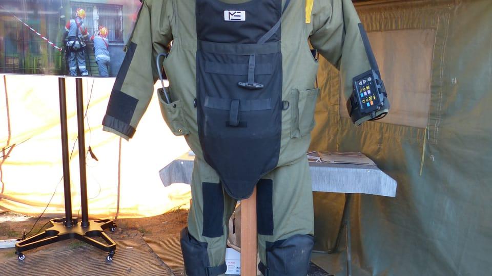 Специализированная защитная одежда,  фото: Клара Стейскалова