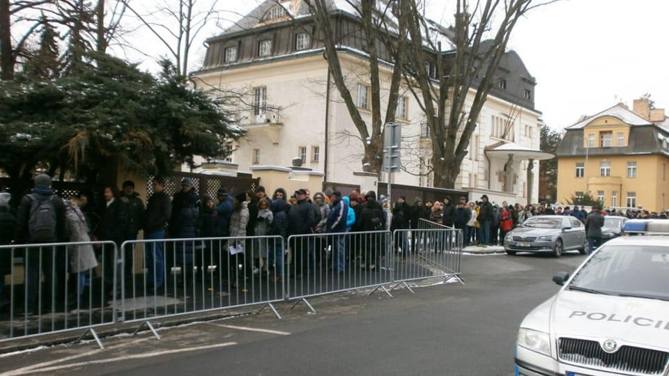 Очередь на избирательный участок,  фото: Игорь Будыкин