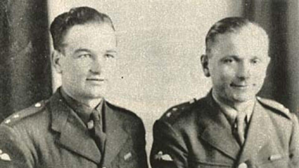 Ян Кубиш и Йозеф Габчик,  иллюстрация из книги «Protektorát Čechy a Morava v obrazech»