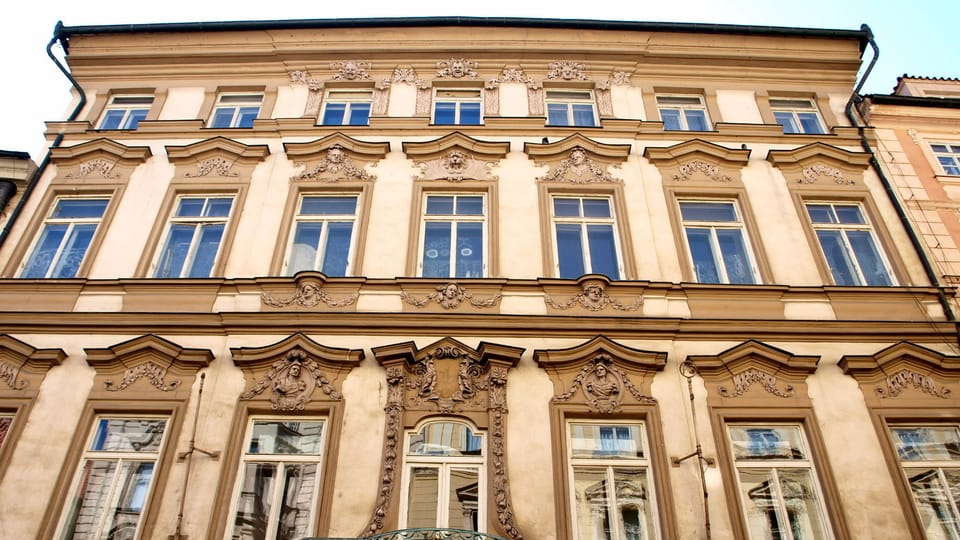 Дворец Грзанов из Гарасова,  где держал магазин Герман Кафка,  фото:  VitVit,  Wikimedia Commons,  CC BY-SA 3.0