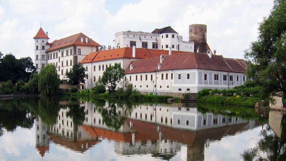 Замок Индржихув Градец,  Герберт Ортнер CC BY 2.5