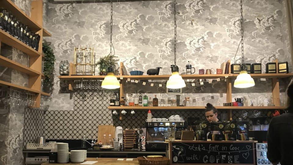 барная стойка кофейни La Boheme,  фото: Ольга Васинкевич