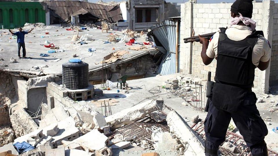 Землетрясение на Гаити,  2010 г.,  Фото: Ян Шибик