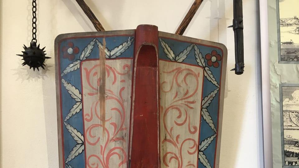 Гуситский боевой цеп и щит. Музей города Подебрады,  фото: Катерина Айзпурвит
