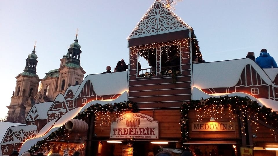 Фотогалерея рождественской ярмарки на Староместской площади: Екатерина Сташевская,  Чешское радио - Радио Прага