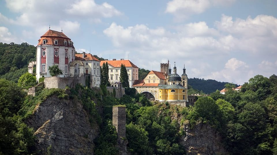 Замок Vranov nad Dyjí,  фото: Jerzy Strzelecki,  CC BY-SA 3.0