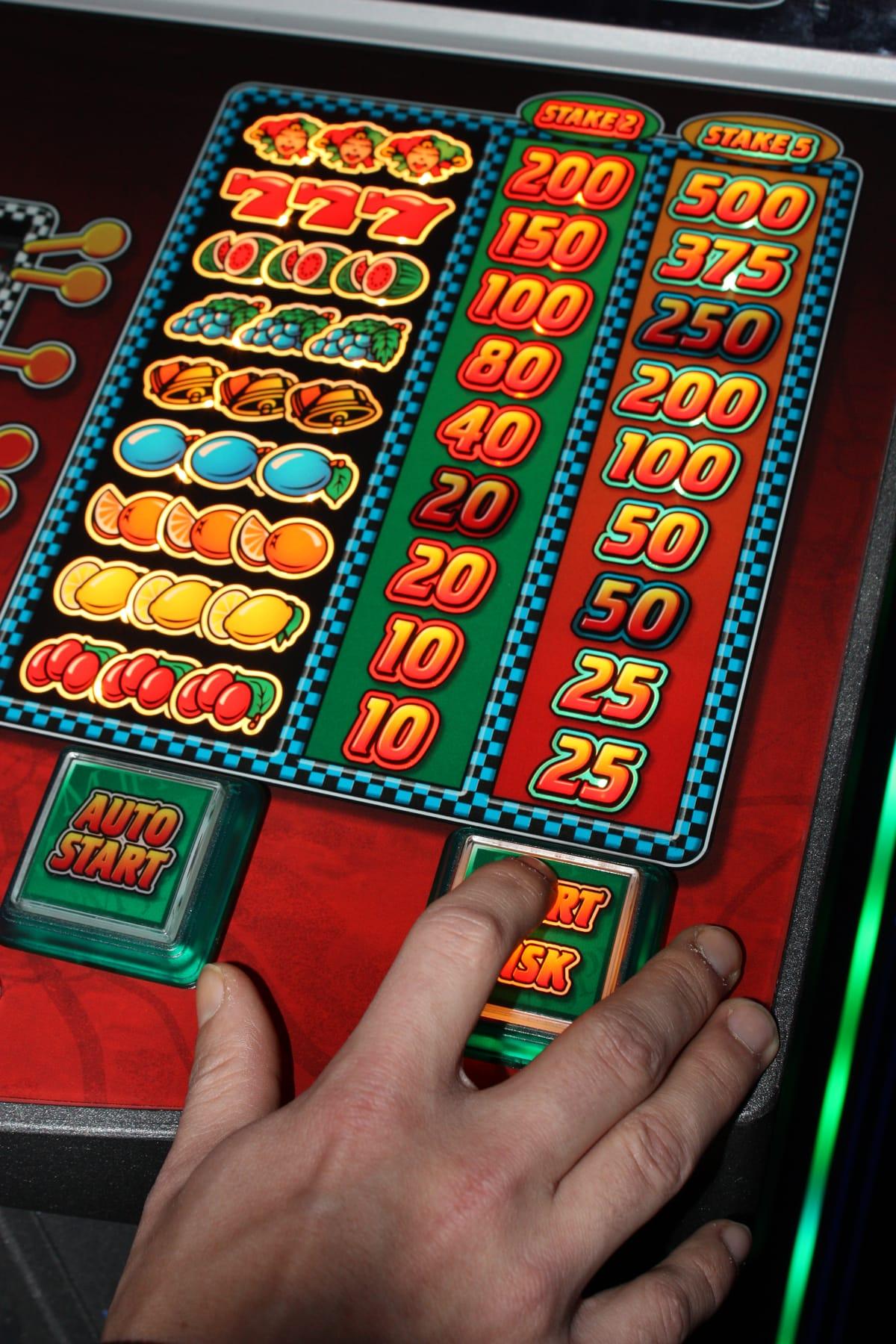 Зло игровых автоматов игровые автоматы моментальной лотереи